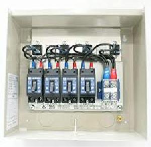 太陽光発電の接続箱