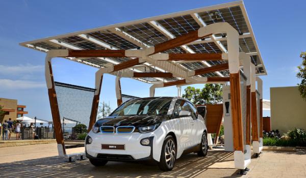 カーポートへの太陽光発電